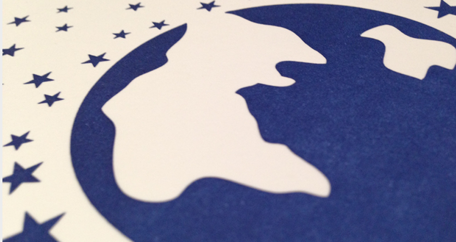 letterpress geboortekaartje wereldbol