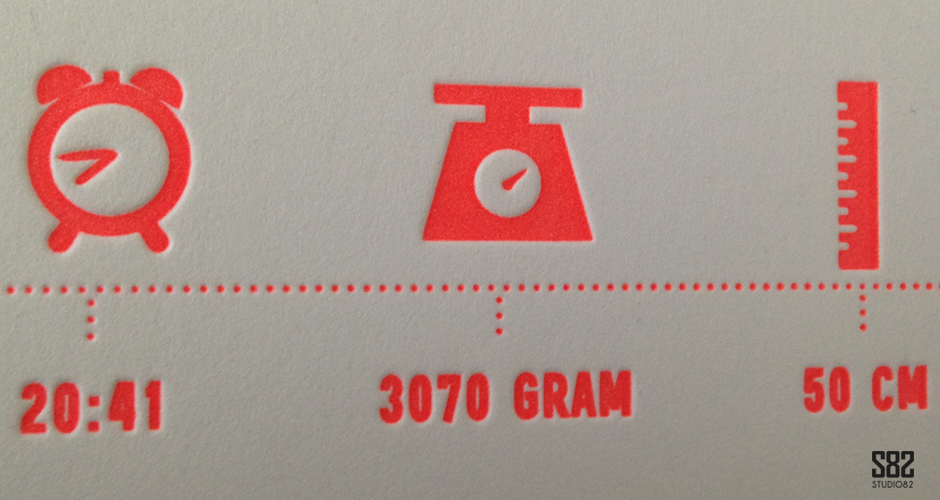 letterpress geboortekaartje iconen neon