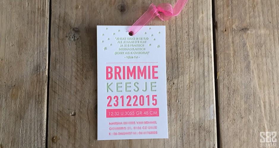 studio 82 letterpress geboorte kaart label fluor roze vintage groen